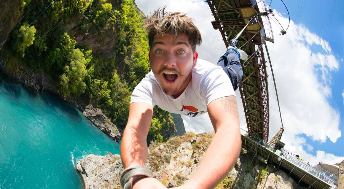 Bungy Jump and Minjin Swing Combo