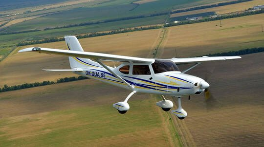 Learn to Fly an Aircraft over Hunter Valley - 30 Minutes