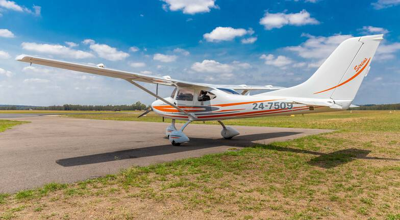 Learn to Fly an Aircraft over Hunter Valley  30 Minutes