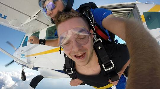 Skydive Over The Beach - Up To 15,000ft - Wollongong