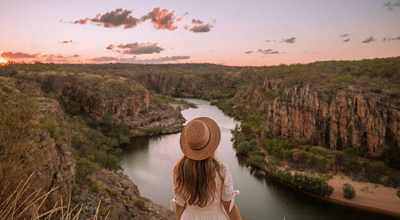 Full Day Katherine Gorge Cruise and Edith Falls Tour