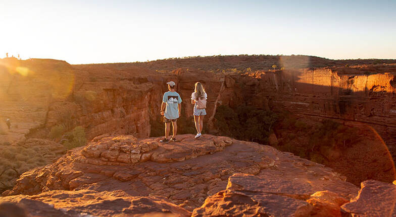 Kings Canyon Rim Climb and Outback Tour  Full Day