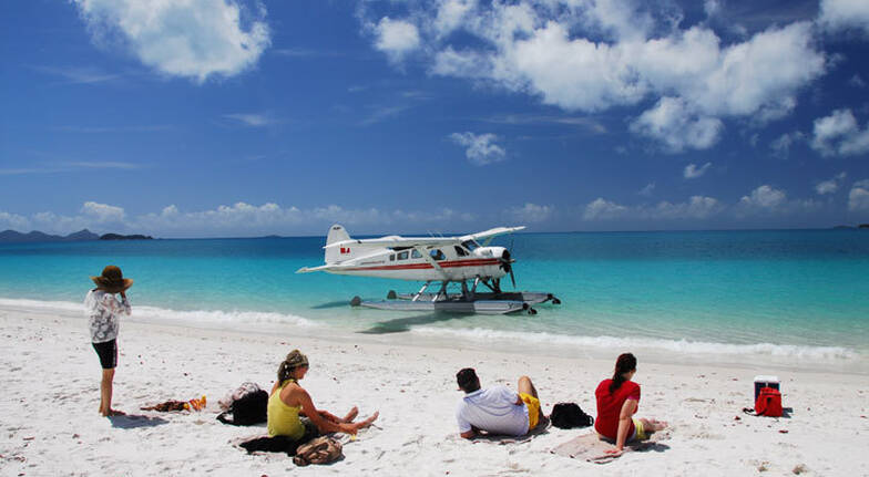 Seaplane Flight and 1 Hour Visit to Whitehaven Beach