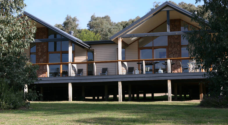 Yarra Valley Ballooning Cottage Break with Breakfast-Midweek