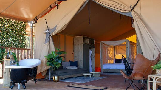 Weekend Glamping Stay with Breakfast and Wine Tasting- For 2