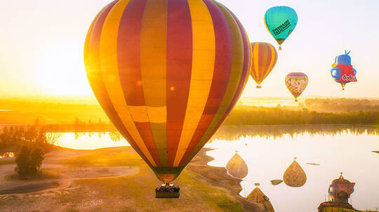 Hot Air Ballooning Over The Hunter Valley with Photos- For 2