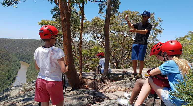 Blue Mountains Guided E-Bike Tour with Snacks and Drinks