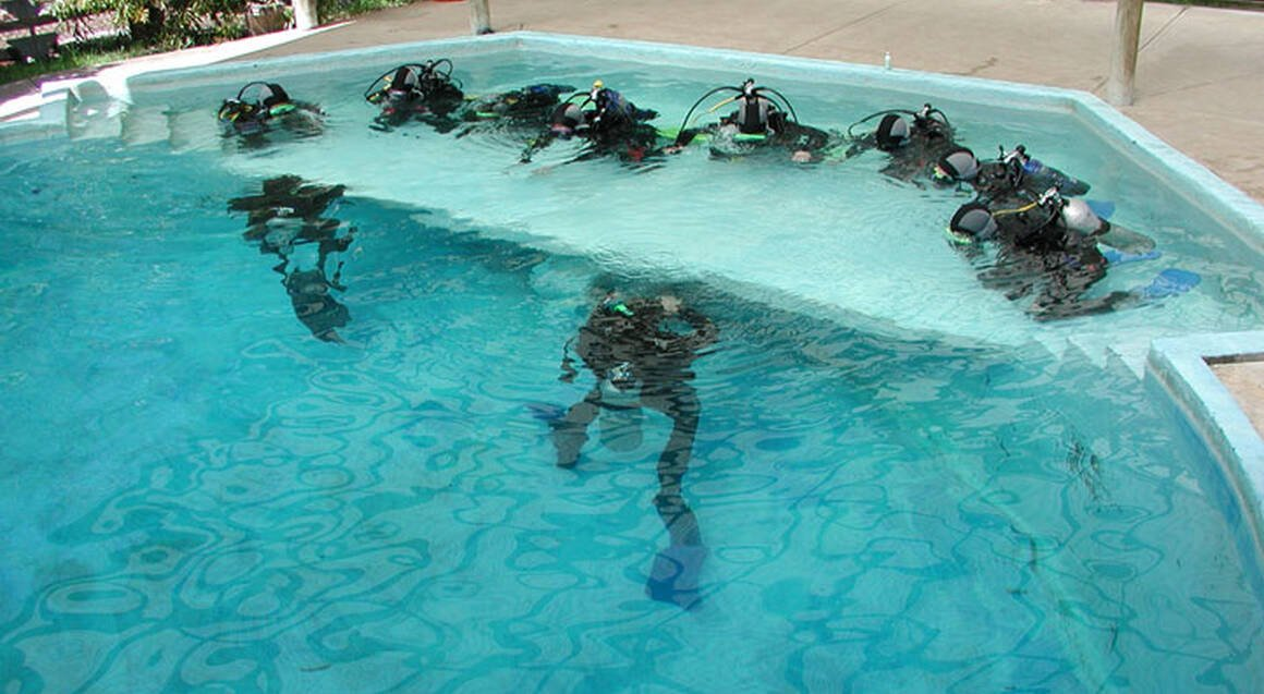Scuba Diving PADI Refresher Course - For Certified Divers