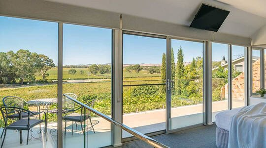 Barossa Valley Cottage Escape with Breakfast and Wine- For 2
