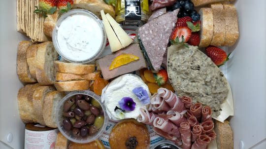 Mixed Wine and French Food Platter - For 2 - Melbourne