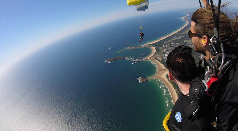 15,000ft Tandem Skydive Over Coffs Harbour
