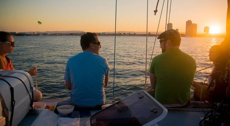 Sailing Cruise at Sunset or Midday with Nibbles - For 2