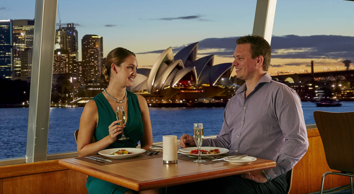 3 Course Sunset Harbour Cruise with Dinner And Drinks- For 2
