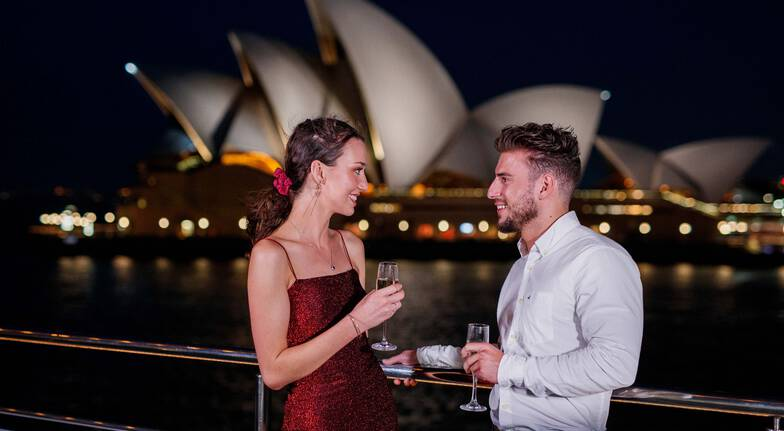 Sydney Harbour Cruise with Dinner and Live Music - Adult