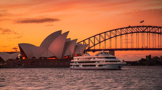 3 Course Sunset Dinner Cruise on Sydney Harbour - Child