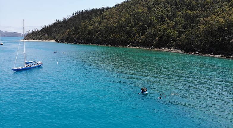 Full Day Whitsundays Sailing Adventure with Meals
