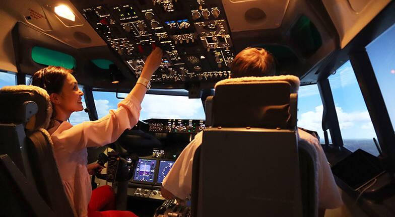 Boeing 737 Flight Simulator - 60 Minutes