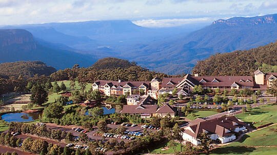 Blue Mountains Resort Midweek Escape with Breakfast - For 2