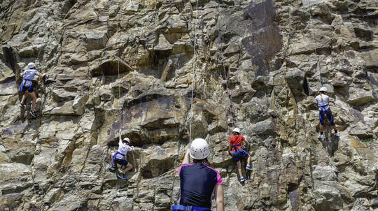 Rock Climbing at Kangaroo Point Cliffs - 2 Hours