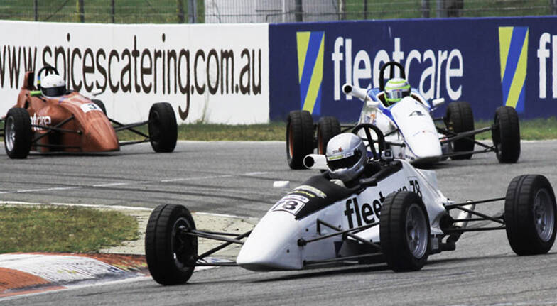 Formula Ford Race Experience  24 Laps