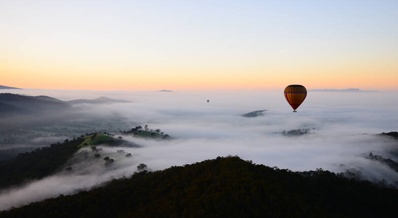 Yarra Valley Ballooning Getaway with Dinner - Weekend