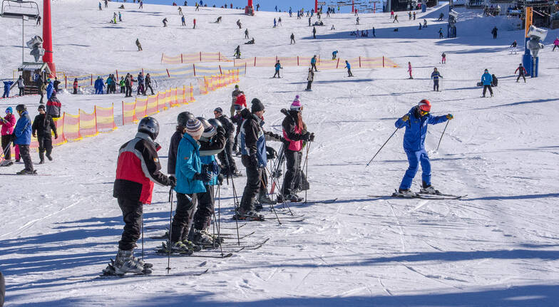 Mt Buller Snow Day Tour with Lesson - Beginner - Adult