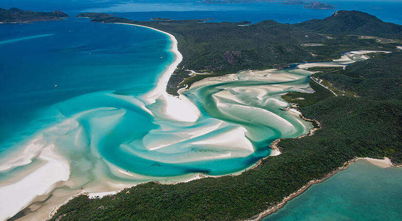 Whitsundays Scenic Flight and Sunset Cruise with Bubbles