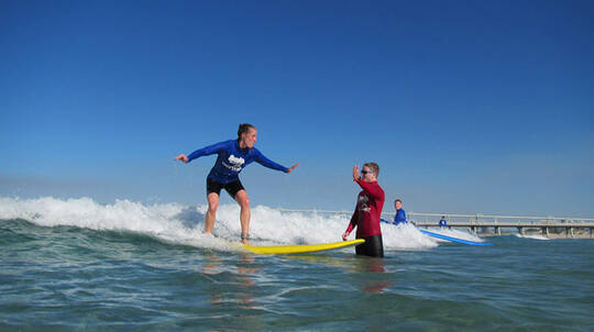 Private Surfing Lesson with Transfers - 2 Hours