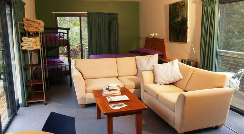 2 Night Bush Retreat with Bubbles and Breakfast Hamper