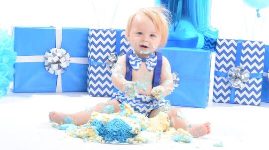 Birthday Photo Shoot with Framed Montage Print