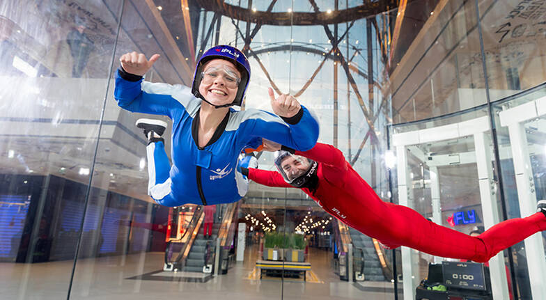 Friends and Family Indoor Skydiving  10 Flights  Midweek
