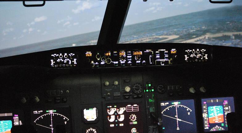 Jet Flight Simulator Perth - 90 Minutes - BONUS 15 Minutes