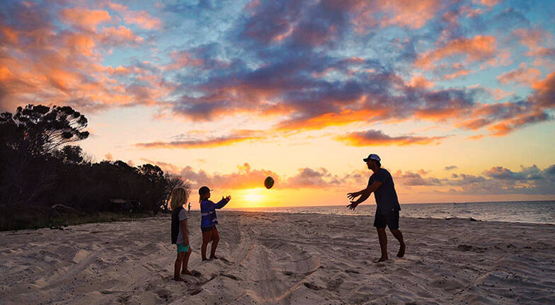 2 Night Fraser Island Villa Family Getaway with Tour  For 4