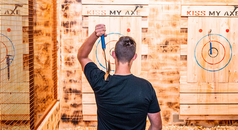 Morning Axe Throwing Experience - 2 Hours - For 8