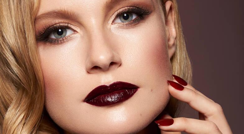 Online Certificate in Fundamental Makeup Techniques