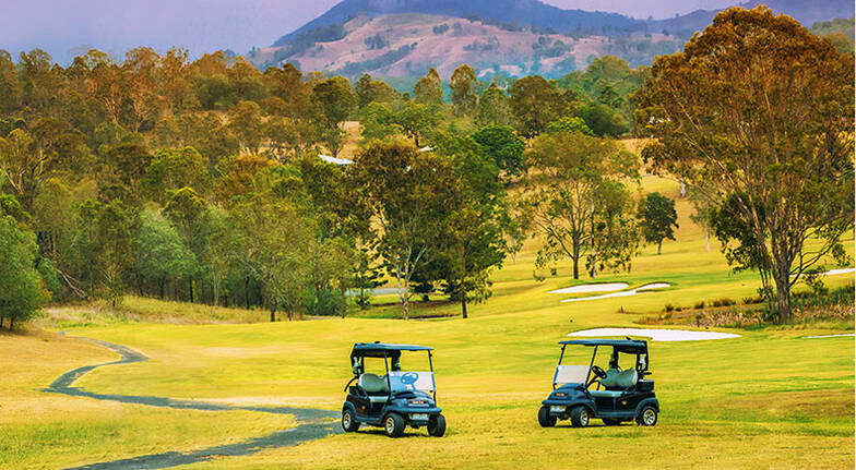60 Minute Kangaroo Golf Buggy Tour  For 2