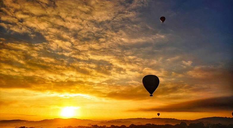 Hot Air Balloon Flight Over Northern Tasmania  For 2
