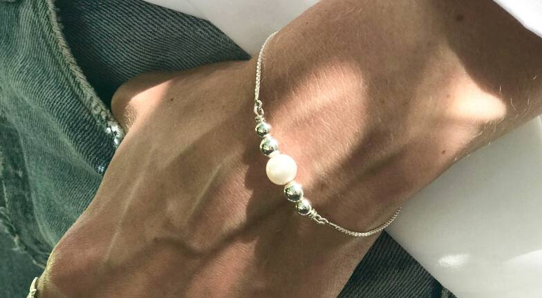 Sterling Silver Pearl Friendship Bracelet