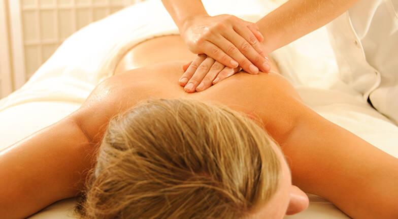 Full Body Aromatherapy Massage - 90 Minutes