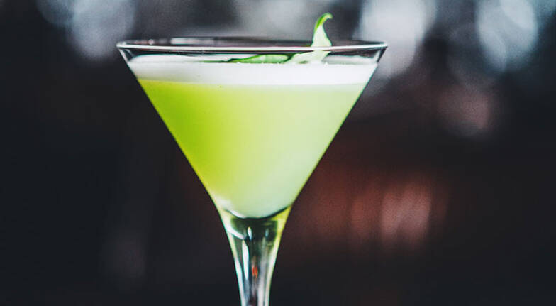 3 Course Dinner with Vivid Cocktails  Circular Quay  For 2