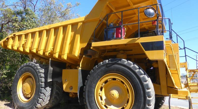 Dump Truck Driving Experience - 45 Minutes
