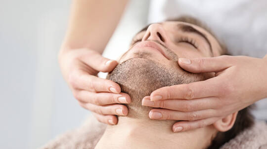 Facial with Massage For Men - 60 Minutes