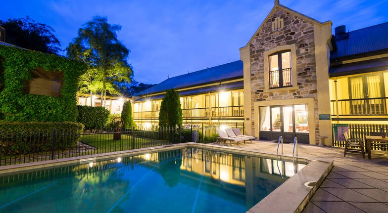 Luxurious Overnight Stay with Country Breakfast - For 2