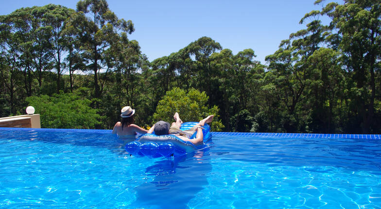 Luxury Mollymook Overnight Retreat with Breakfast - For 2