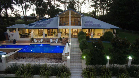 2 Night Luxury Mollymook Retreat with Breakfast - For 2