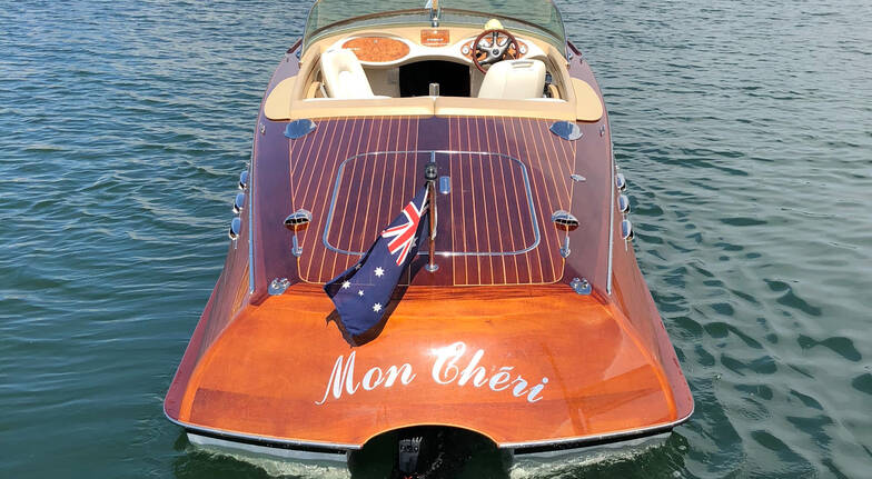 Private Harbour Cruise with Cockatoo Island Stop - For 4