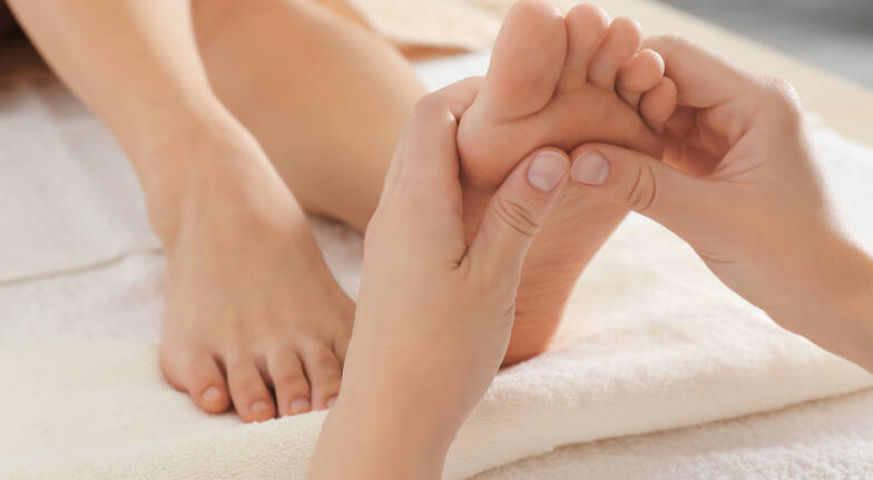 Massage, Facial and Foot Treatment - 90 Minutes