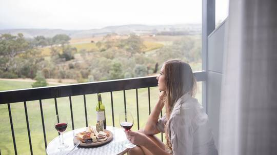 Barossa Valley Weekend Getaway with Breakfast - For 2