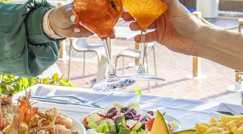 Seafood and Cocktail Experience by the Harbour - For 2