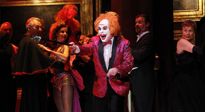 Become The Diva: Star in an Opera at the Sydney Opera House